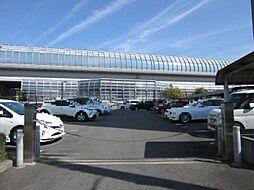 月額使用料 無料。一台平面駐車場の継承可能。(2019年5月現在)