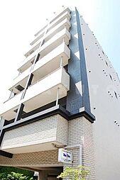 マリンズ江坂[5階]の外観