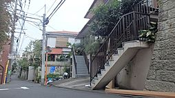 渋谷区富ヶ谷2丁目
