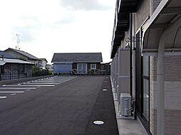 レオパレスラークII[102号室]の外観