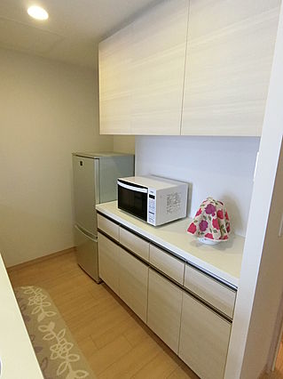 キッチン食器棚...