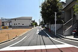 2号地 前面道路