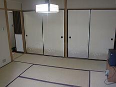 2間の押入と広縁付き和室
