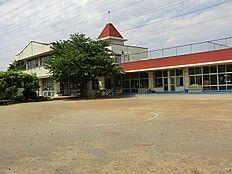 市立第二幼稚園 1330m
