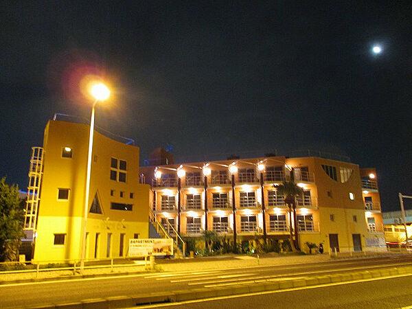 Palm Lounge(パームラウンジ)[2階]の外観