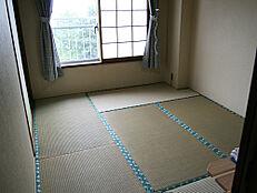 広縁のある和室8畳