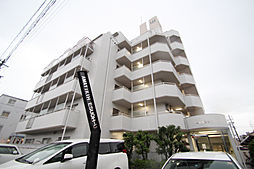 愛知県名古屋市名東区引山2丁目の賃貸マンションの外観