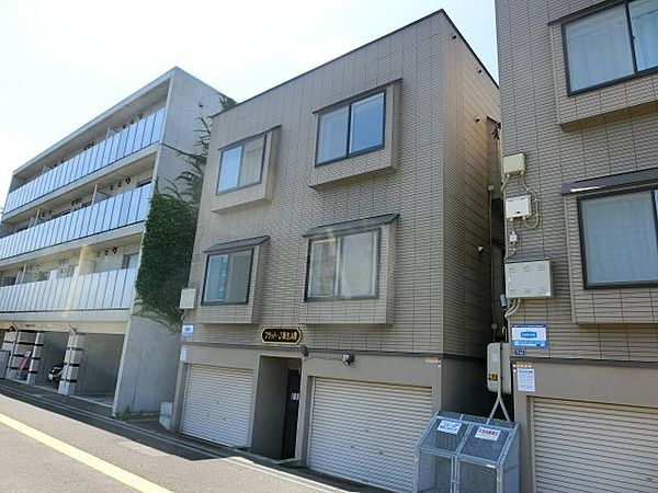 フラット・J麻生A棟[201号室号室]の外観
