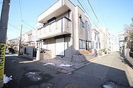 第一種低層住居専用地域の閑静な住宅街