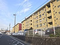 外観(外観豊田市美里。バス停まで徒歩3分。)