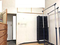 洋室も天井が高いです