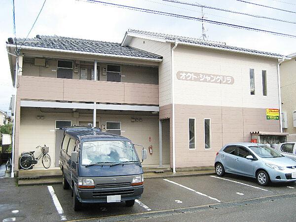 オクトシャングリラ 2階の賃貸【石川県 / 金沢市】