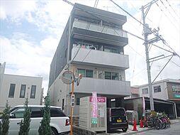 広島県東広島市西条岡町の賃貸アパートの外観