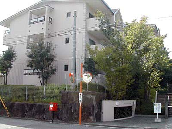 ヒルクレストあやめ池[3階]の外観