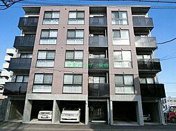 北海道札幌市東区北十六条東15の賃貸マンションの外観
