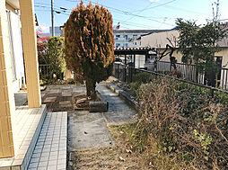広々お庭も敷地内にございます。