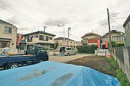 世田谷線「宮の坂」駅、小田急線「経堂」駅徒歩圏内の2路線3駅利用できる便利な場所です。