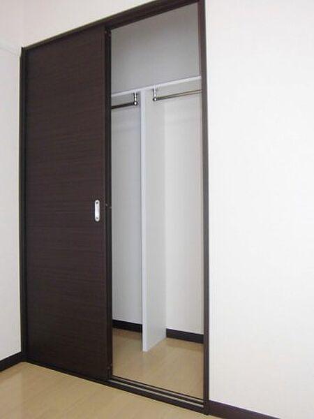 レオネクストアンビシャスVIGの同タイプ室内