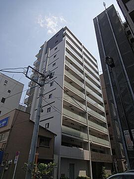 山手線「秋葉原」駅徒歩約7分の12階建マンション。