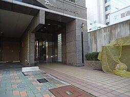 プロビデンス東片端[4階]の外観