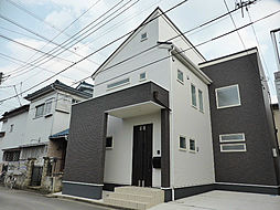 Familiar House (ファミリアハウス)[2階]の外観