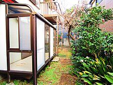 庭の様子(南側)