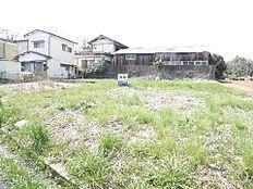 小美玉市中延 建築条件無し売地です。