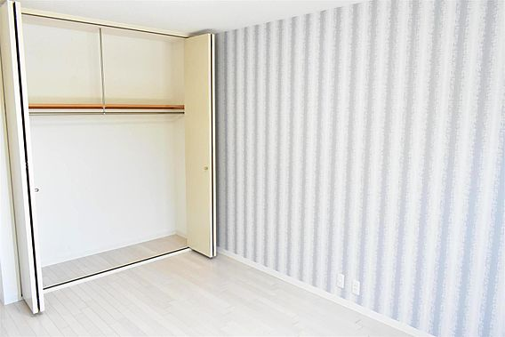 主寝室収納