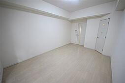 クラウンハイム北心斎橋フラワーコートの洋室
