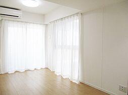 居間(~内装が完成しました~  生まれ変わったお部屋をぜひ一度ご覧ください)