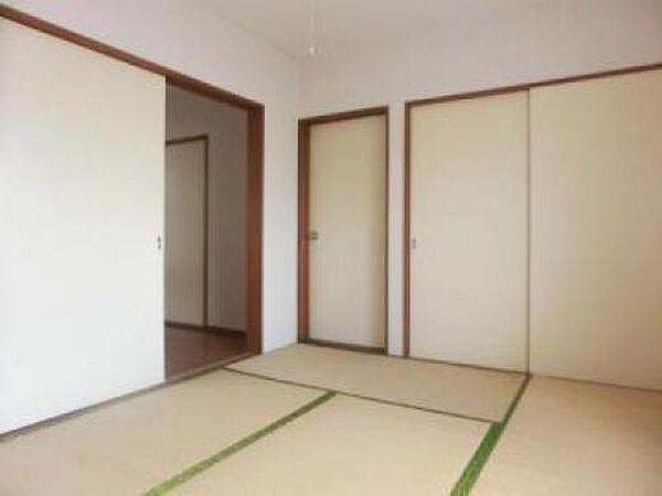 東栄ハウスのきれいな和室です