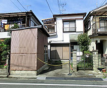 土地面積は約29坪です。江戸川花火大会会場すぐそばです。屋上からの花火も期待できますね。