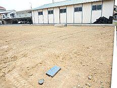 敷地面積は約65坪ございます。