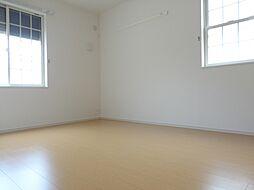 パティオ・エムズの洋室