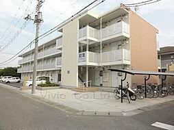 埼玉県坂戸市泉町3丁目の賃貸マンションの外観