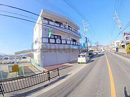 兵庫県川西市加茂3丁目の賃貸マンションの外観