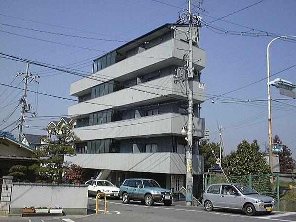 グランディービル奈良道[2階]の外観