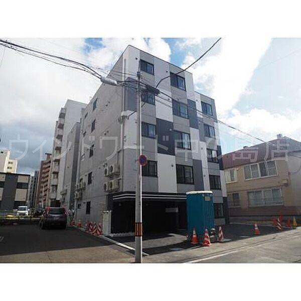 北海道札幌市中央区南十条西8丁目の賃貸マンション