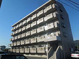 愛媛県東温市北方の賃貸マンションの外観