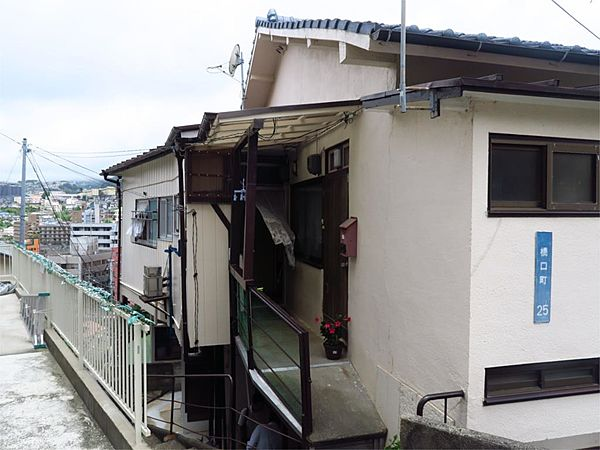 榎園アパート[102号室]の外観