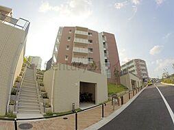 兵庫県宝塚市仁川団地の賃貸マンションの外観