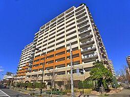 東京都足立区西新井栄町1丁目の賃貸マンションの外観