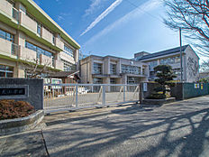 東村山市立富士見小学校877m