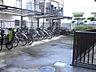 自転車置き場です。明るくて広くて使いやすいです。,2LDK,面積57.64m2,価格3,099万円,東京メトロ有楽町線 地下鉄成増駅 徒歩6分,東武東上線 成増駅 徒歩8分,東京都板橋区成増1丁目6-10