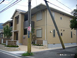大阪府東大阪市四条町の賃貸アパートの外観