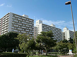 UR南港ひかりの団地[11-301号室]の外観