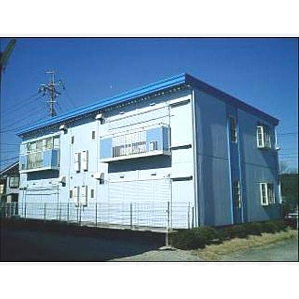埼玉県入間市南峯の賃貸アパートの外観