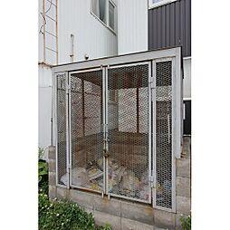 シャイニングコーポB[1階]の外観