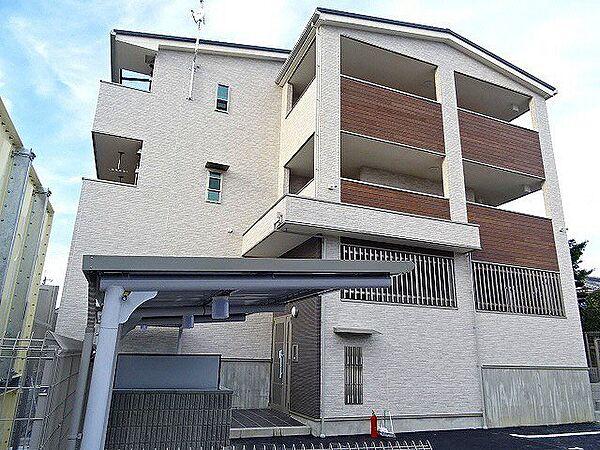 京都府久世郡久御山町市田和気の賃貸アパートの外観