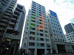 東京都新宿区左門町の賃貸マンションの外観